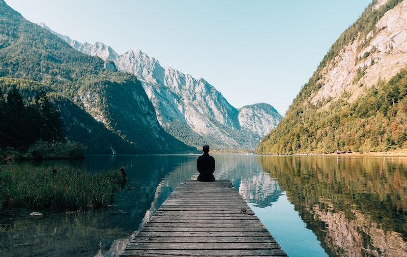 ランニングと瞑想・マインドフルネスの関係/やり方を優しく解説